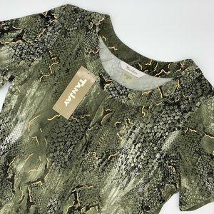 TANJAY Short Sleeve Snakeskin Print Pullover Top